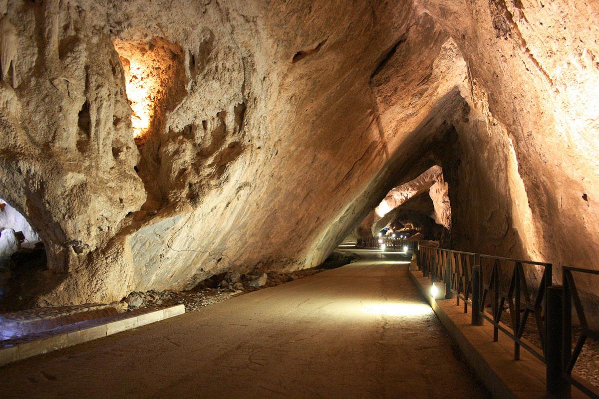 Grotta-San-Giovanni9